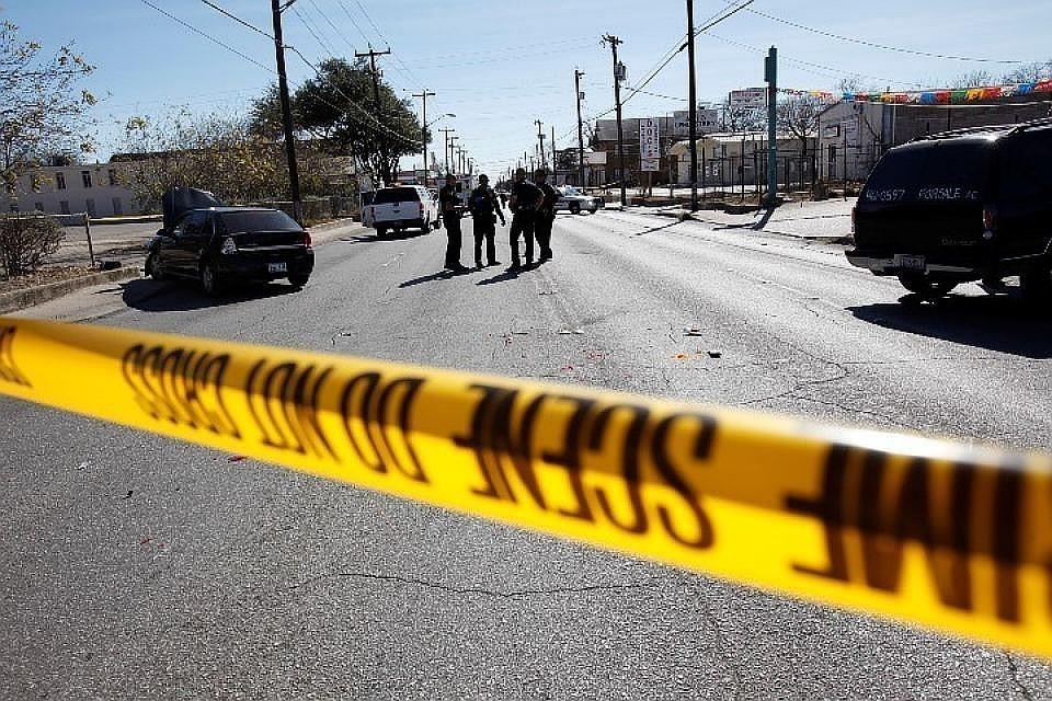 ВСША при стрельбе натерритории университета пострадали двое человек