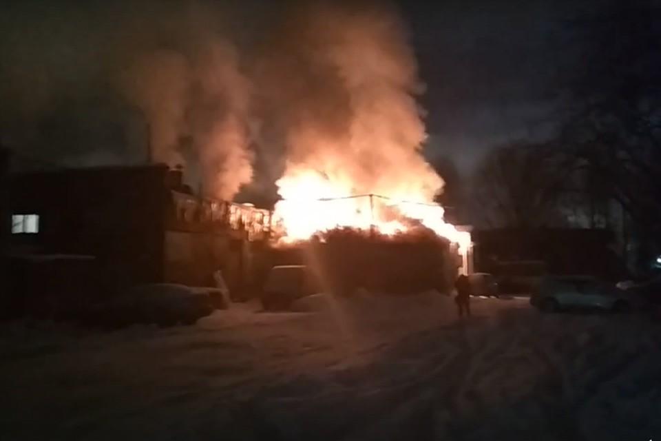 Винтернете появилось видео пожара намясокомбинате «Самсон» вПетербурге