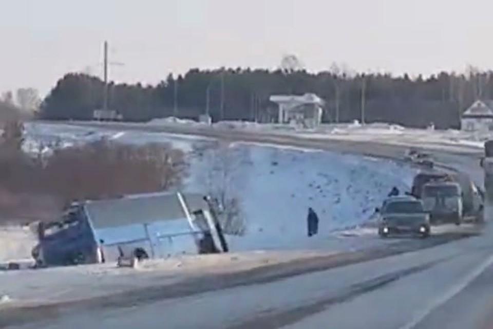 Два месяца ареста ожидают водителя автобуса, въехавшего в фургон вКемерове