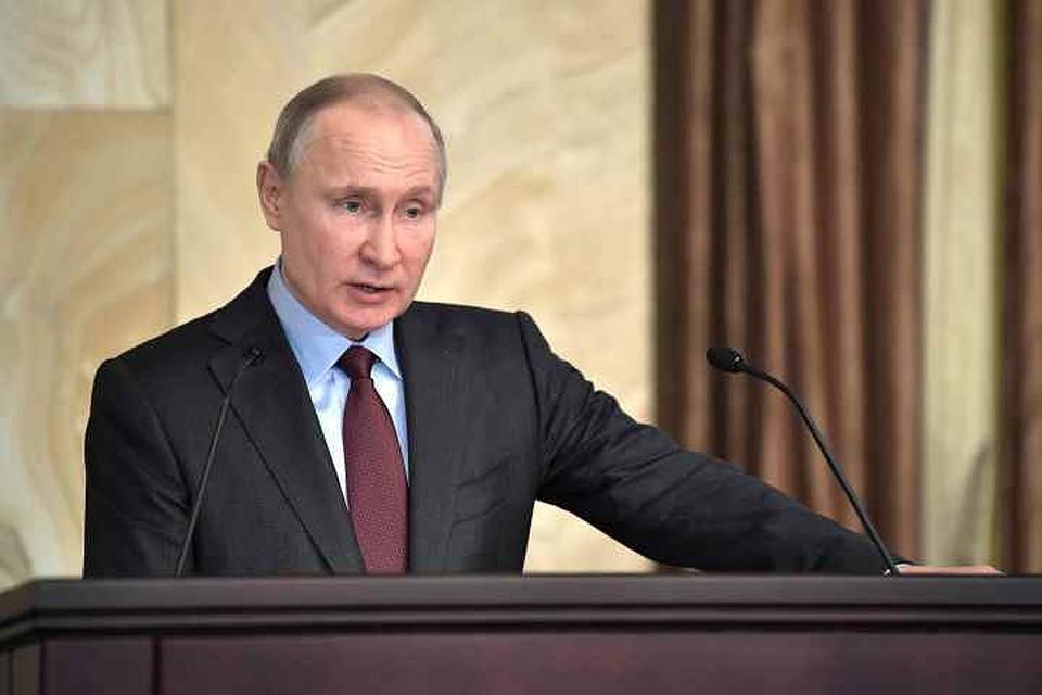 Путин назвал «фейком» сообщения оприменении Асадом хим. оружия вСирии