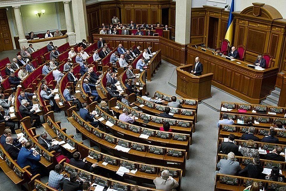 ВРаде посоветовали «украсить» флагами ОУН-УПА госучреждения Украины