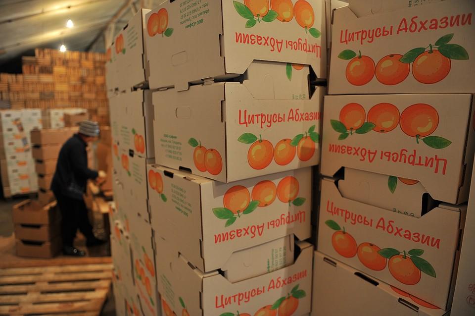 Российская Федерация ввела полный запрет наввоз фруктов иорехов изАбхазии