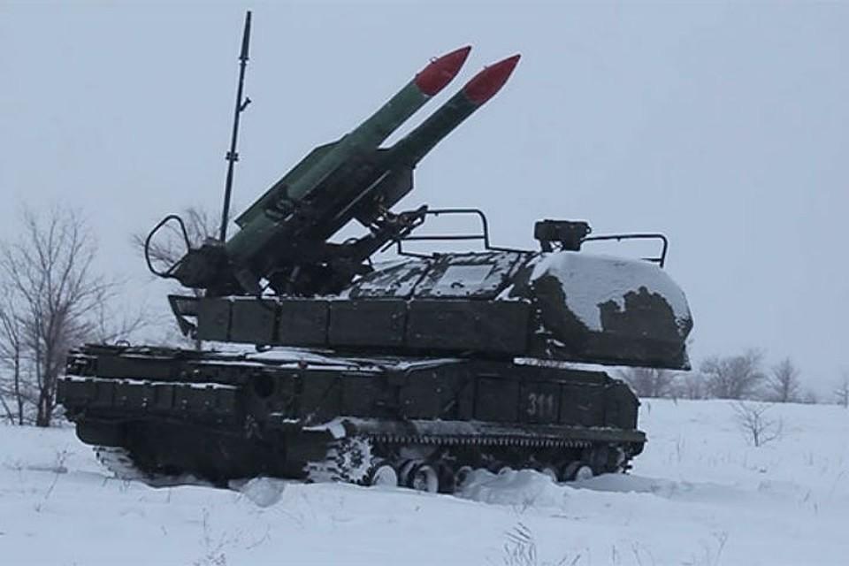 Массированный ракетный удар отразили научениях вЛенобласти