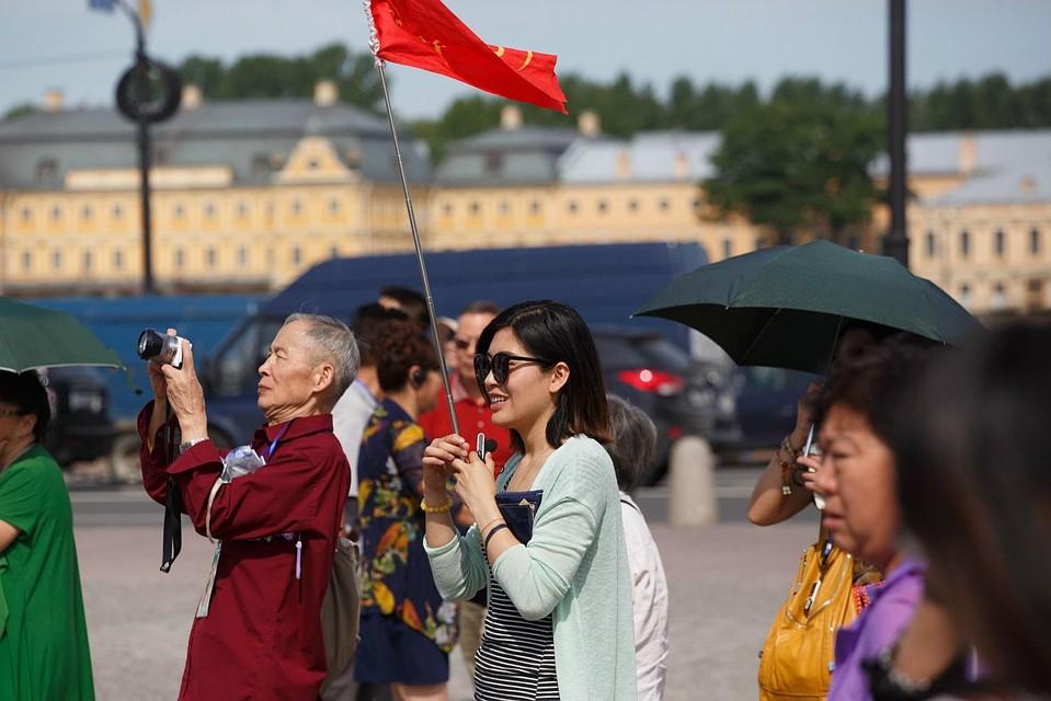 В текущем 2018г Санкт-Петербург могут посетить около 8 млн. иностранных туристов