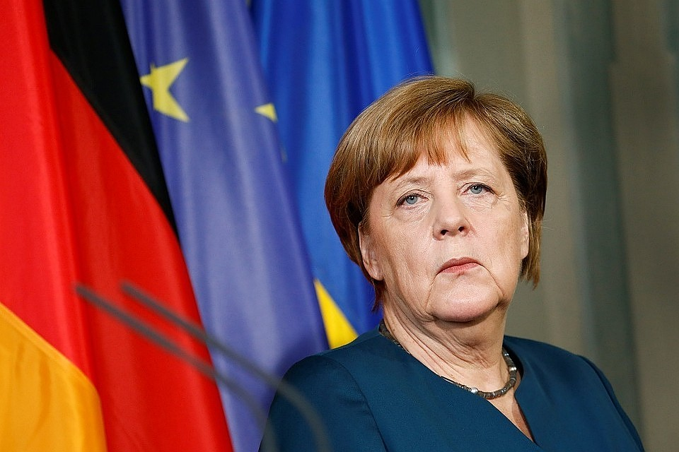НаМеркель подали всуд из-за еемиграционной политики