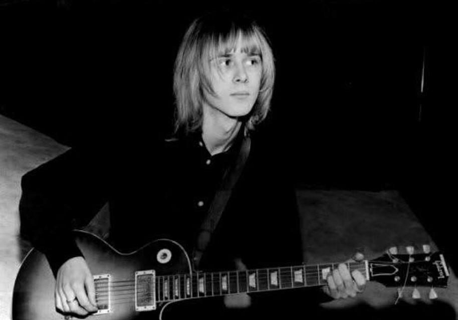 Музыкант гитарист экс-участник Fleetwood Mac Дэнни Кирван