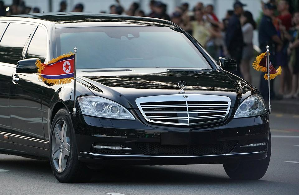 Появились видео прогулки Ким Чен Ына поСингапуру