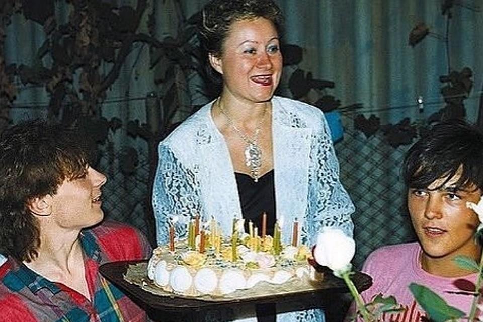Всемье Юрия Шатунова произошло  горе
