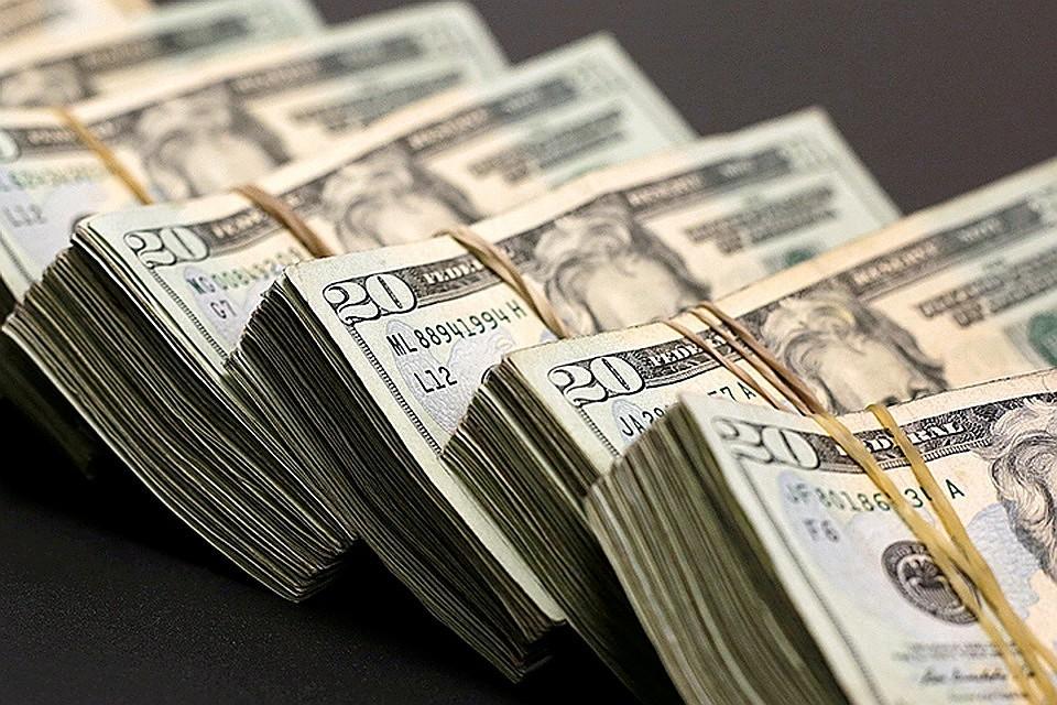 Россия не сможет пока уйти от расчетов в долларах