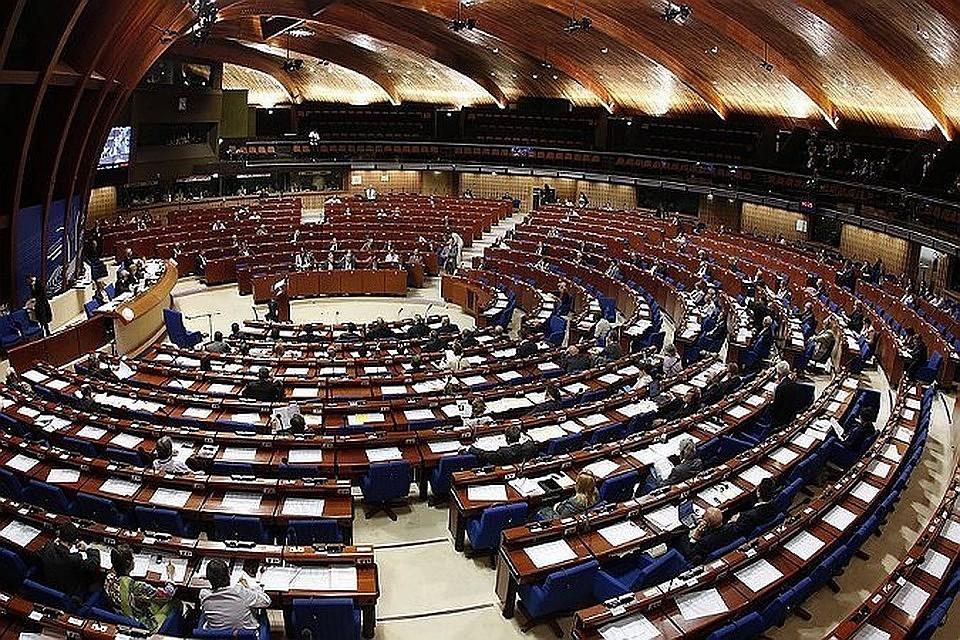 Литва вПАСЕ призвала невозвращать российскую делегацию