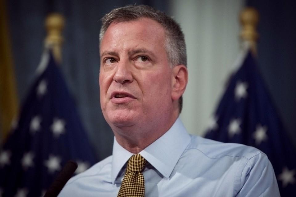 Граждан  Нью-Йорка наделили правом указывать вдокументах третий пол