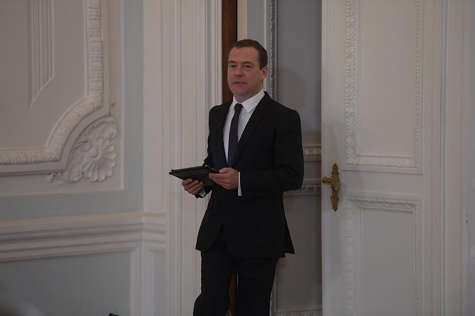 Российская Федерация  недаст трагедии Ливии повториться в остальных  государствах  - Медведев