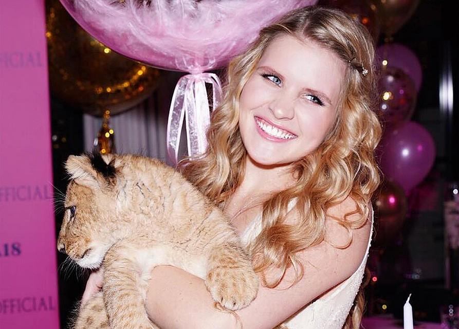 Александр Малинин подарил дочери надень рождения живого льва