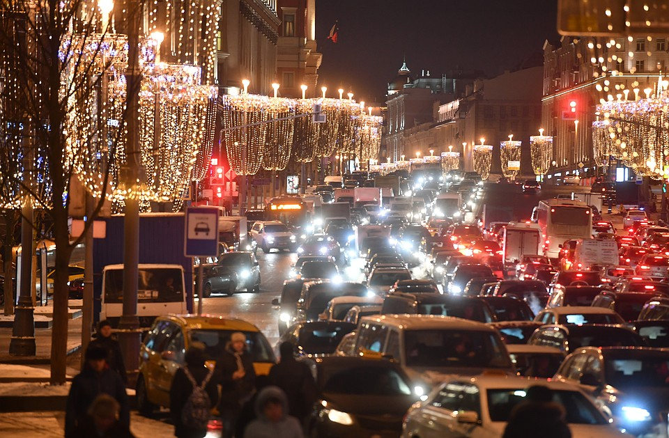 Москва заняла первое место поавтомобильным пробкам поверсии международной компании INRIX