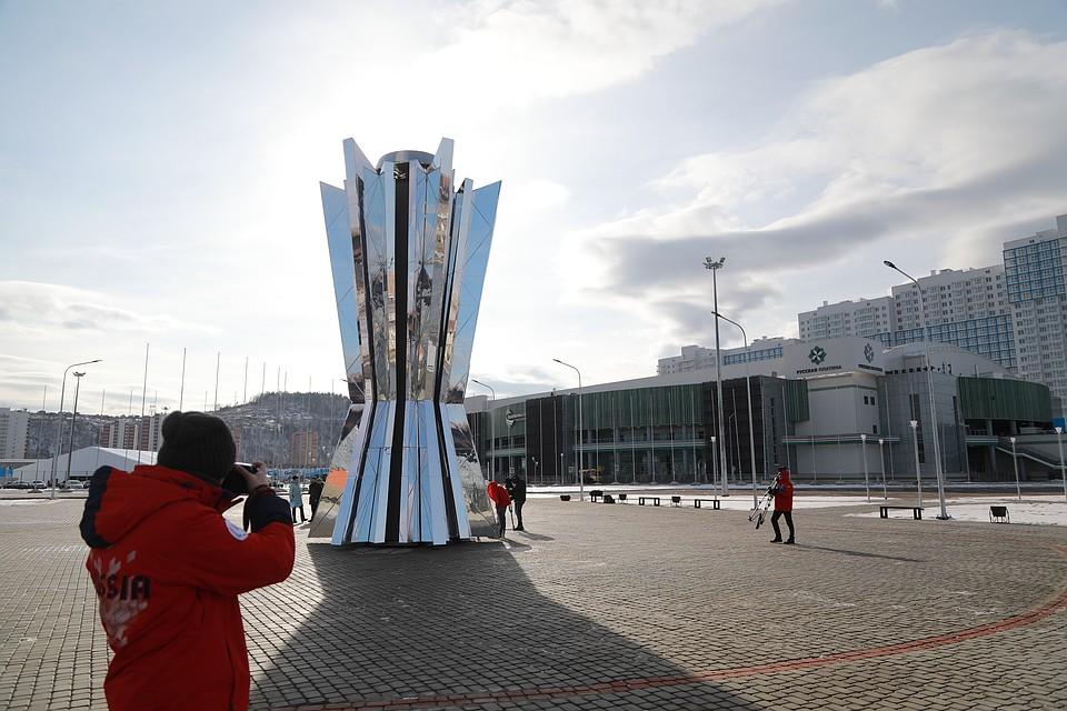 ВКрасноярске презентовали 10-метровую чашу огня Универсиады
