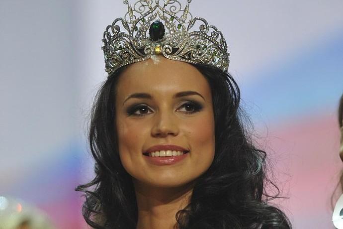 """Победительница конкурса """"Краса России-2012"""" Киреева Элина."""