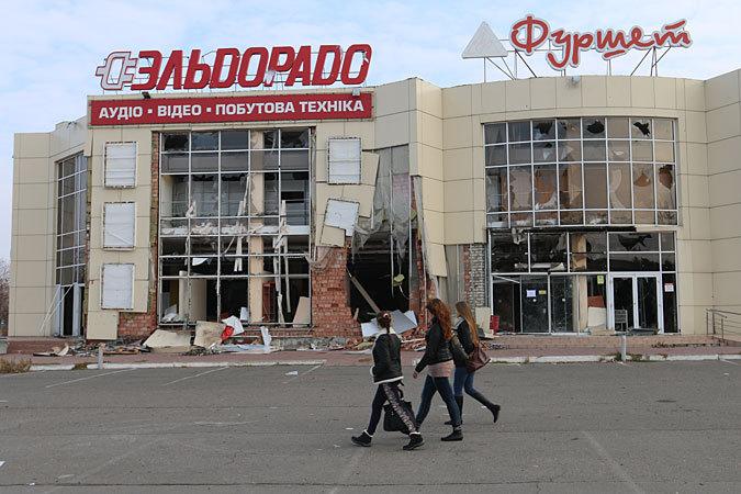 Спецкоры «КП» Александр Коц и Дмитрий Стешин посмотрели, как приходит в себя республика после страшных летних бомбардировок