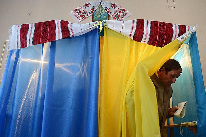 Наивысшая явка зарегистрирована в Запорожской области Украины - почти 37%,