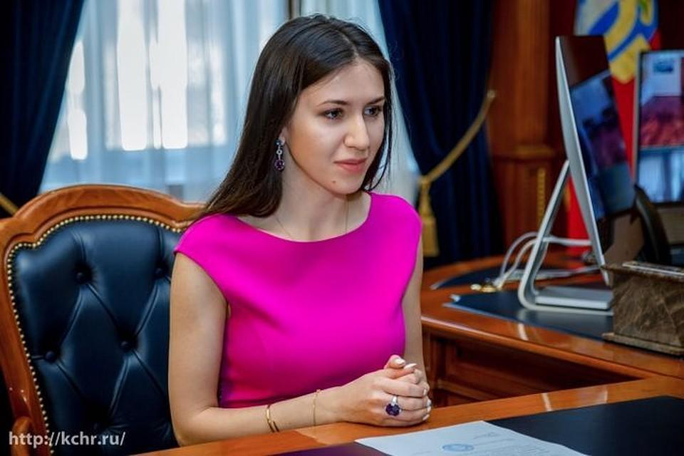 intim-foto-devushek-iz-karachaevo-cherkesii