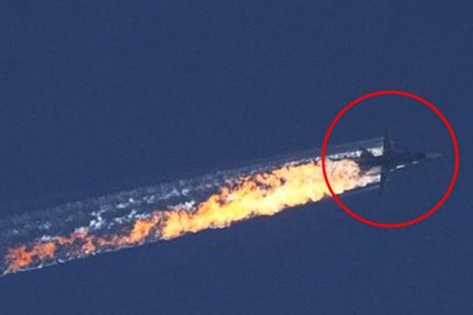 Миноброны РФ: Над территории Сирии был сбит российский военный самолет Су-24
