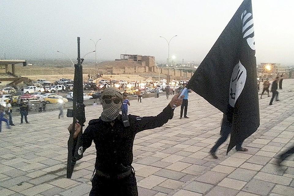 За полтора года террористы ИГИЛ расправились с двумя тысячами мирных граждан