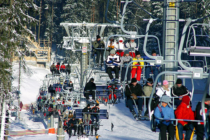 В «Силичах» праздник снега отменили из-за снега. Фото: silichy.by