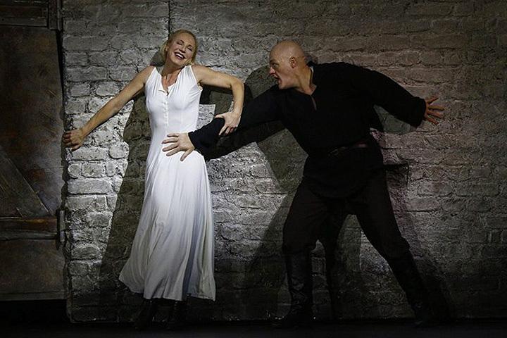 Сцена из оперы «Катерина Измайлова» Большого театра. Фото: FB Большого театра