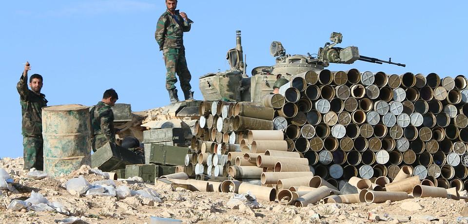 В Сирии вступил в силу режим прекращения огня. Но до настоящего перемирия еще далеко