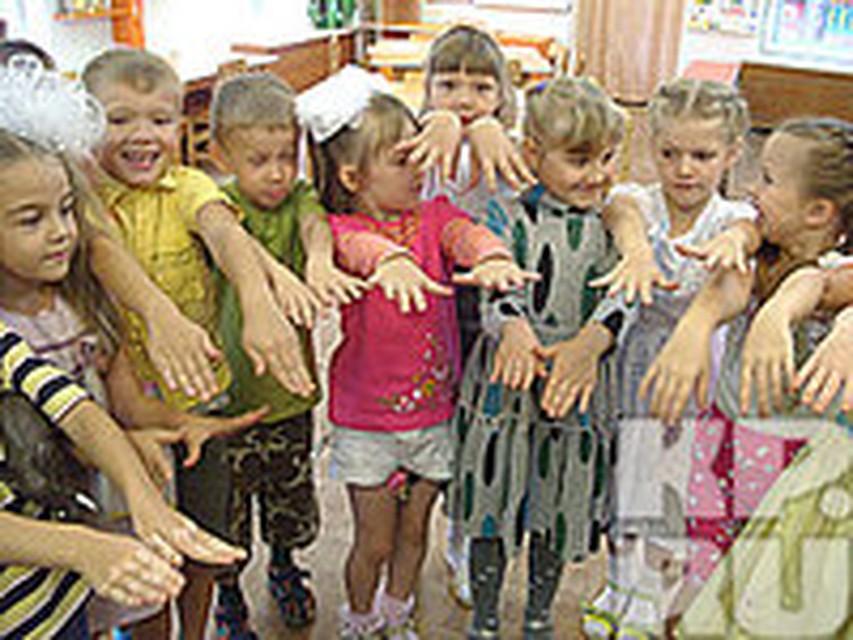 В Подгорном у детей от неизвестной болезни расслаиваются ногти