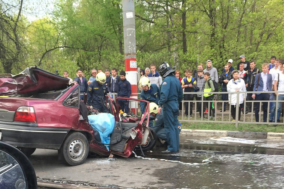 Один человек умер ипятеро пострадали вкрупном ДТП вНижнем Новгороде