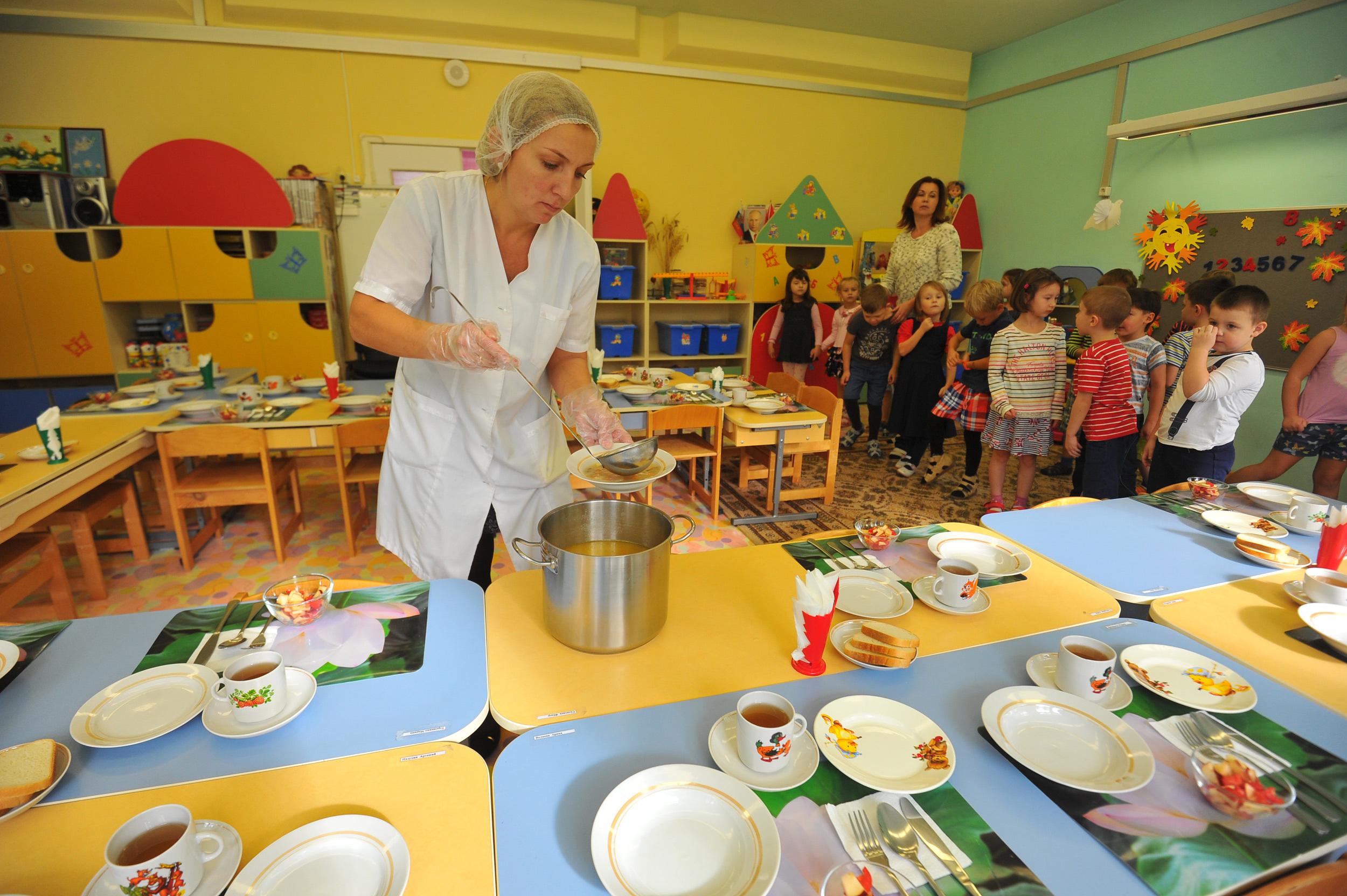 У детей нет и не было проблем с детсадовским питанием.