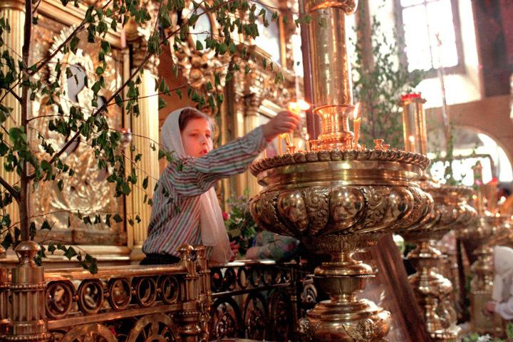 Церкви на Троицу украшены березовой зеленью Фото: Алексей Дружинин/ИТАР-ТАСС