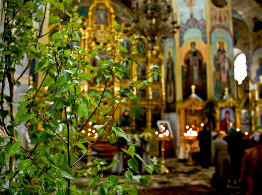 Белорусские православные отмечают Троицу. Фото из архива kp.by
