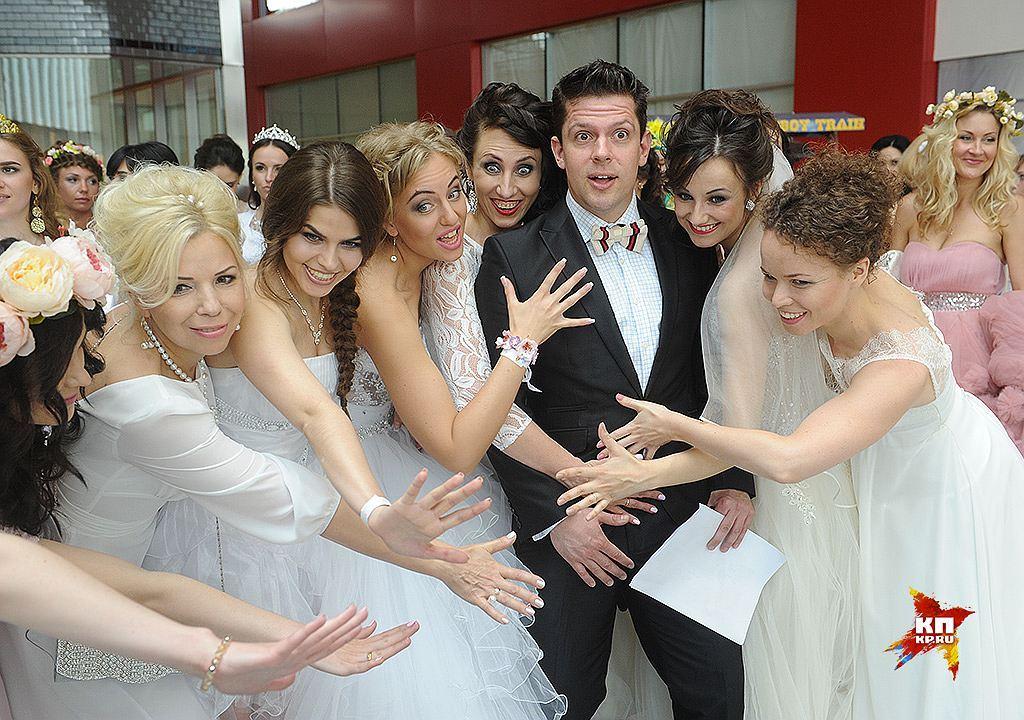 В Москве состоялся парад невест
