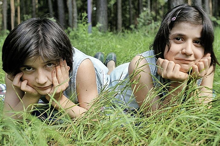 За судьбой Зиты и Гиты Резахановых следила вся страна. Фото: Борис Кавашкин/ТАСС