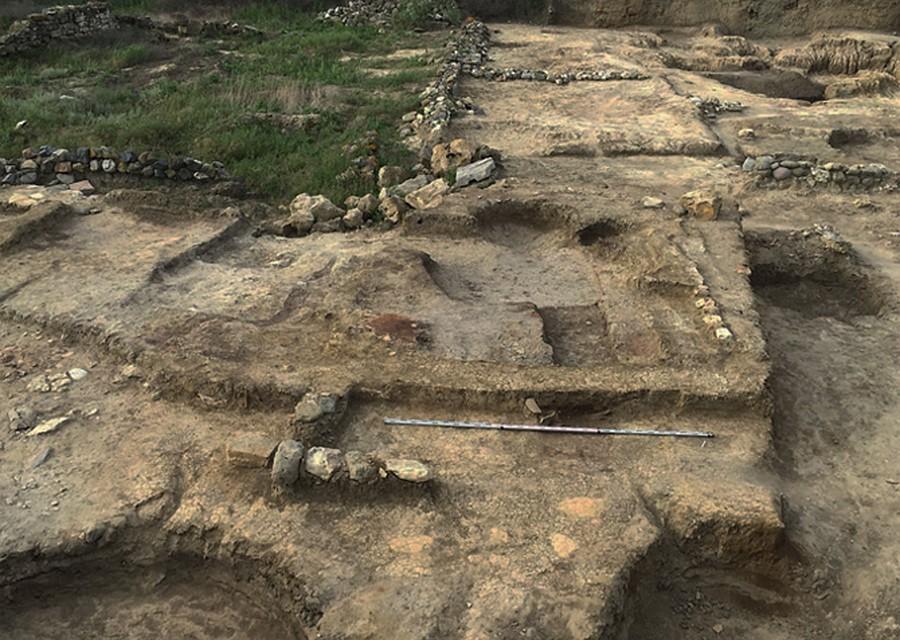 Ученые обнаружили древнейший античный храм в Российской Федерации