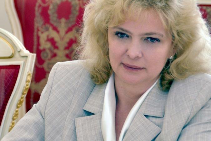 Омбудсмены из77 регионов РФ попросили В. Путина неувольнять Астахова