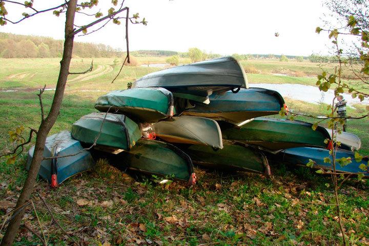 Пропавшие дети набайдарках найдены вКировской области