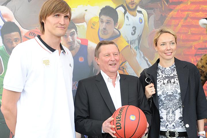 Сергей Иванов посетил церемонию представления сборной РФ