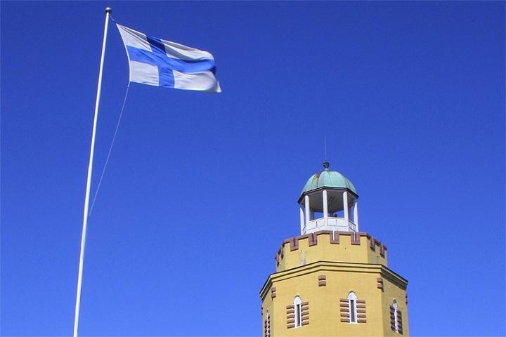 Финляндия выплатит безработным 560евро без налогов иобязательств3