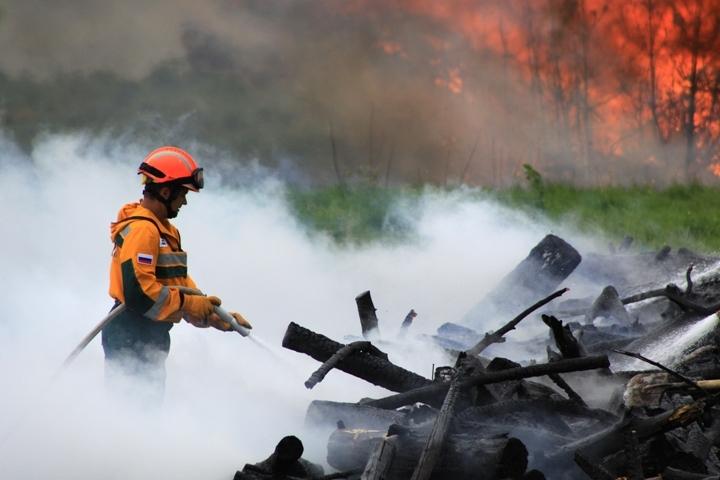Дым лесных пожаров накрыл Братск