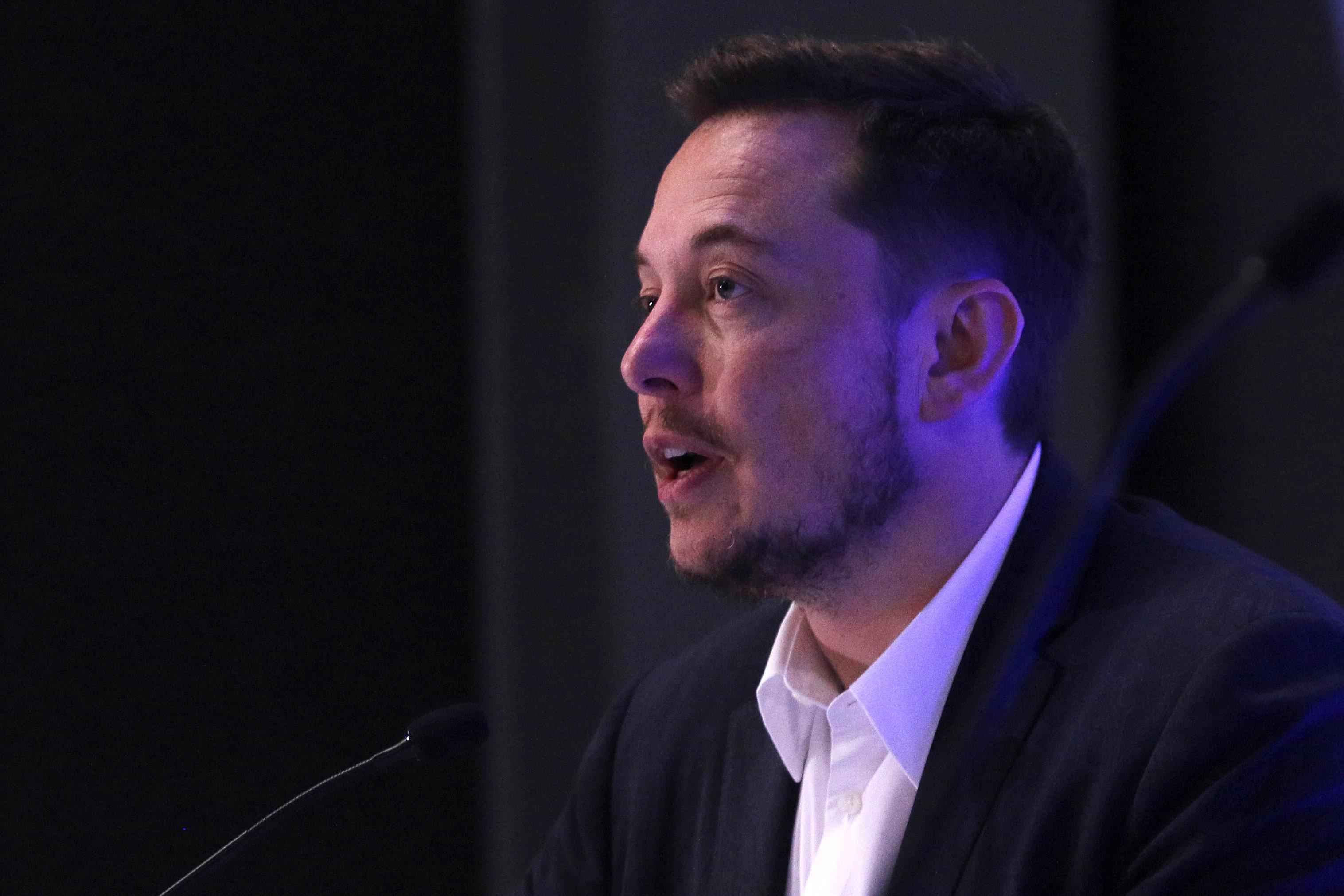 Илон Маск продемонстрировал видео пилотируемого полета наМарс