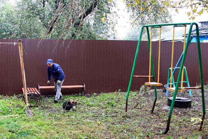 Водворе дома №21 поСтанке Димитрова установили новейшую детскую площадку
