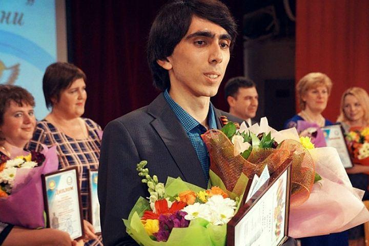 Определен лучший педагог года РФ 2016 года
