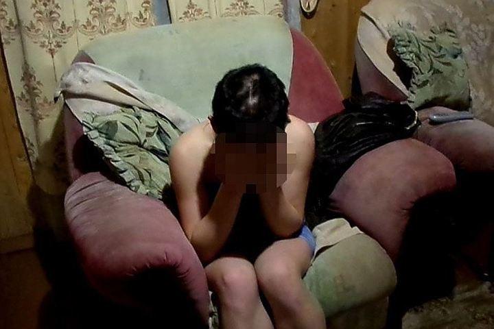Полицейский изАчинска отправится зарешетку заиздевательства над девушкой