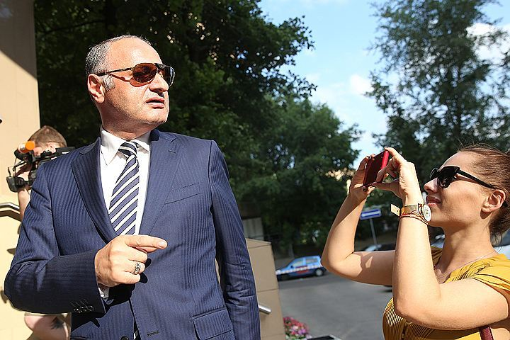 Эраст Матаев, избивший девушку на Арбате, хочет уйти от наказания ФОТО Артем Коротаев/ТАСС