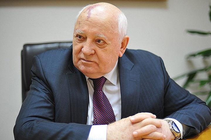 Вильнюсский окружной суд Литвы, рассматривающий дело о событиях 13 января, решил допросить в качестве свидетеля экс-президента Советского союза Михаила Горбачева.