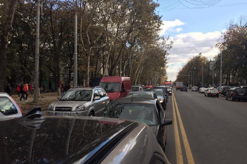 Кишинев встал в пробках. Фото: autoblog.md