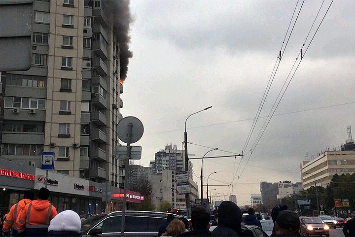 Вцентре столицы загорелась квартира