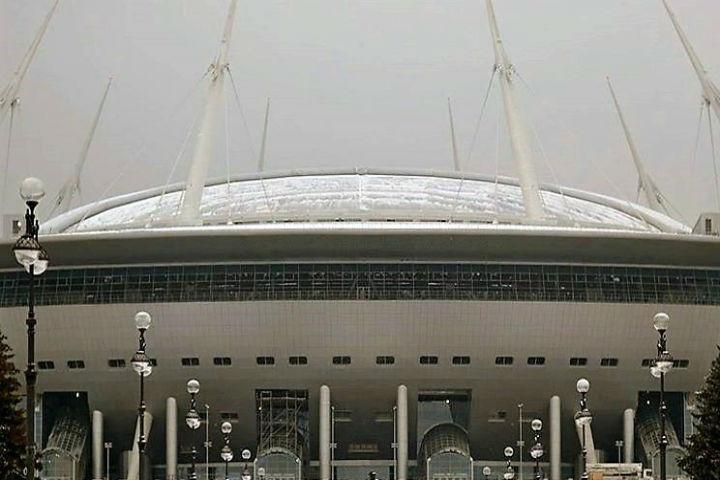 Крыша «Крестовского» выдержала испытание напрочность снежным штормом